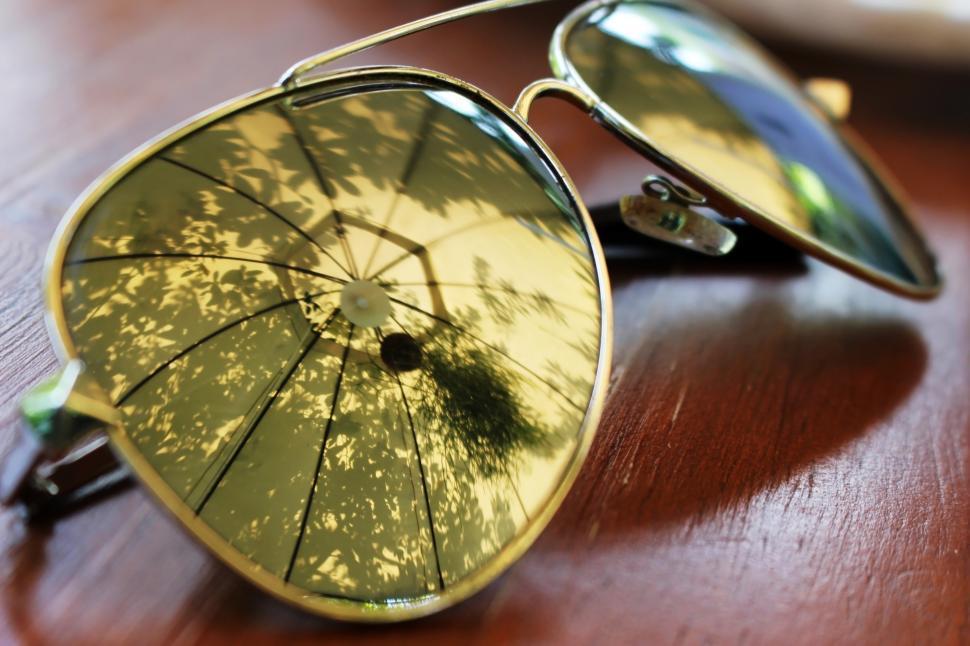 انعکاس در عینک